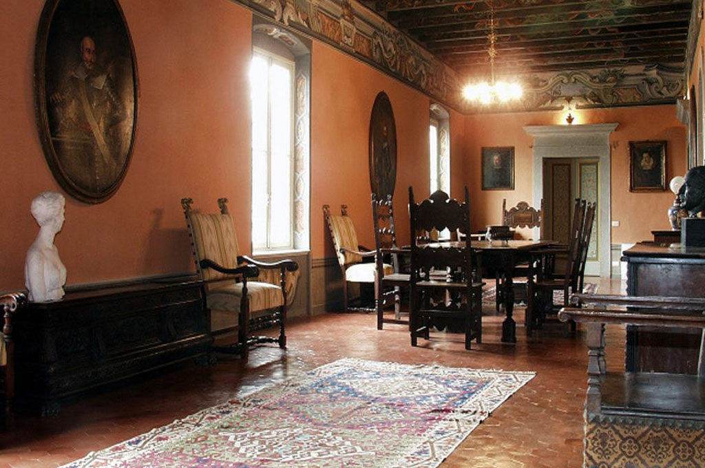 Palazzo Torri di Corte Franca